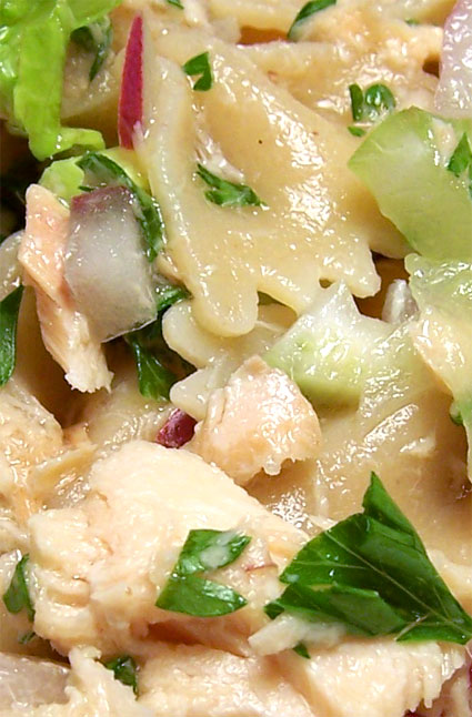 pastasaladclose